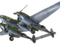 機体の裏側です。長距離を飛んで山本長官機を待ち伏せしたのですから、機体の下には増加タンクだけがつけられていました。爆弾は必要ありませんからね。