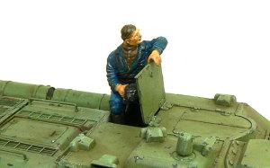 ソビエト・SU-85襲撃砲戦車 付属のフィギュア
