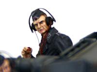 ドイツ・戦車兵1939年~1941年の無線手です。パイプなんかをもっちゃったりして、ちょいときざです。少し顔が怖いですね。フィギュアの表情って難しいですね。