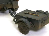 砲弾を大量に消費するFlak38には弾薬運搬車のSd.Ah.51トレーラーが付きものです。戦車本体に比べるとモールドがイマイチなので、少し手を入れてあります。