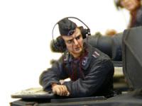 ドイツ・戦車兵1939年~1941年の操縦手です。作っちゃってから思ったのですが、ヘッドフォンはこの状態では外していてもよかったかもしれませんね。