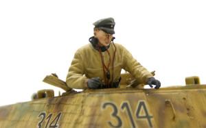 ヤクトパンターG1初期型 戦車長を乗せる