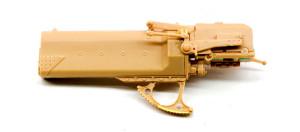 揺架と砲尾の組み立て