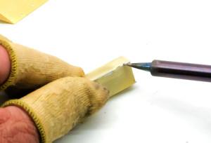 ケブラー製の指サック
