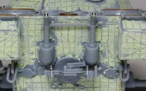 パンターA初期型 排気管とジャッキ