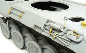 パンターD型 OVMラック(右)