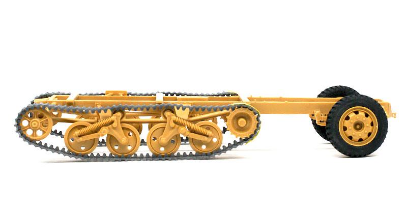 履帯の組立て パンツァーヴェルファー42型