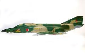 RF-4Eファントム2 デカール貼り