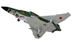 RF-4Eファントム2 主脚の取り付け