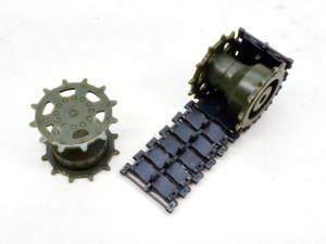 パンツァーハウビッツェ2000 起動輪の組立て