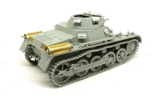 1号戦車A初期型 車体上部と砲塔の組み立て