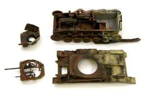 2号戦車F型 車体内部のダメージと装