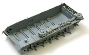 3号戦車J型 左フェンダーの組み立て