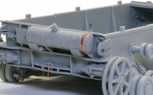 4号戦車F1型 増加装甲付 車体後部の組み立て