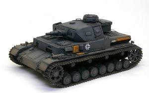 4号戦車F1型 増加装甲付 デカール貼りと細部の塗分け