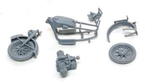 ドイツ・R-12オートバイ 組立て