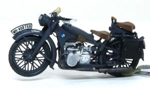 BMW R-12オートバイ バイクが完成