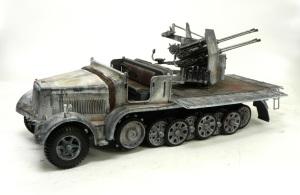 8トンハーフトラック4連高射砲 冬期迷彩