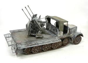 8トンハーフトラック4連高射砲 幌、履帯、泥汚れ