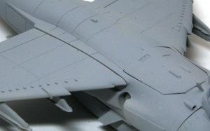 シーハリアーFSR.1 翼にできた大きな隙間