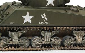 M4A3シャーマン(RC)  フィルバート筆で雨だれあと