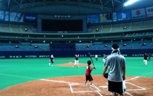 ナゴヤドームでソフトボール大会