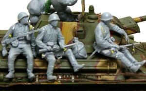 ソビエト歩兵・戦車搭乗セット 銃のスリングを作る