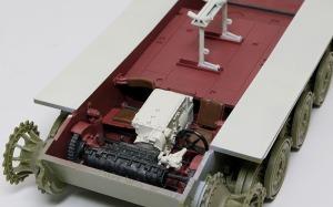 シュトゥルムティーガー 変速機、操舵装置の組み込み