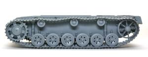 3号突撃砲F/8型 履帯の組立て
