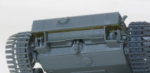 3号突撃砲F/8型 車体後部の組立て