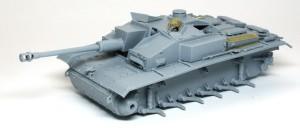 3号突撃砲F/8型 車体の仮り組み