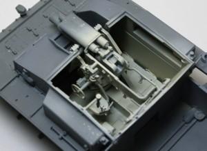 3号突撃砲F/8型 戦闘室内部の塗装