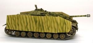 4号突撃砲 シュルツェンの迷彩塗装