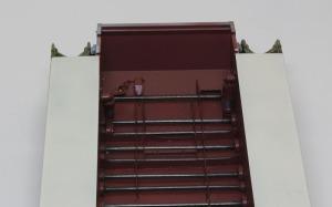 シュトゥルムティーガー 車体床面の塗装