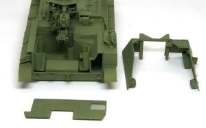 SU-76M自走砲 戦闘室の基本塗装