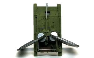 SU-76M自走砲 合わない戦闘室を無理やり・・・