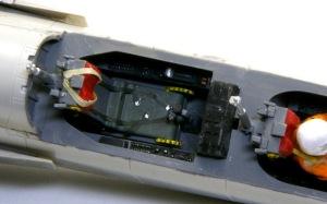 三菱T2-CCV 後部座席も秘密の計測機器は無し