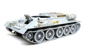 T-34/85 1944年型 車体の組立てが完了