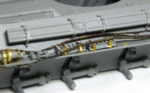T-34/76戦車STZ OVMの取り付け
