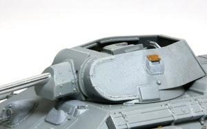 T-34/76戦車STZ 砲塔の組み立て