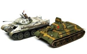 T-34/76戦車STZ タミヤのT-34/76 1942年型と比べてみる