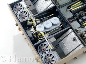 冷却水パイプにジョイントを追加