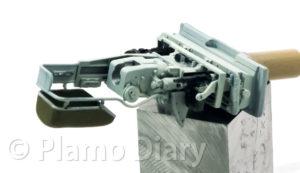 同軸機銃の塗装と組み立て