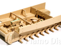 駆動装置と戦闘室の組み立て
