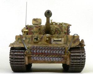 ティーガー1後期生産型 履帯の塗装と巻き付け