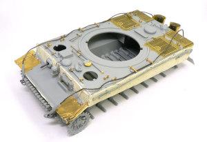 ティーガー1後期生産型 OVMの取り付け