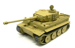 ドイツ重戦車・タイガー1初期生産型 ダークイエローで基本塗装