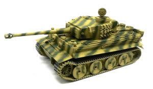 ドイツ重戦車・タイガー1初期生産型 迷彩塗装