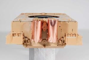 ナメクジよけの銅板で作った排気管カバー