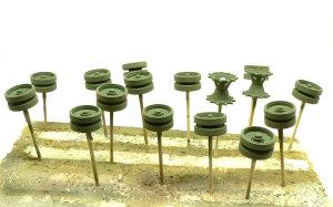 陸上自衛隊・90式戦車 車輪の塗装